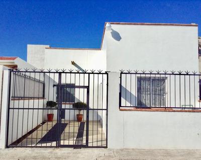 Casa Bien Hecha Fraccionamiento Privado Excelente Ubicacion
