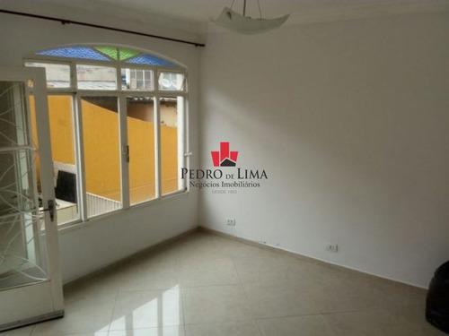 Casa Térrea 3 Dormitórios Sendo 1 Suíte, Em Penha. - Pe25350