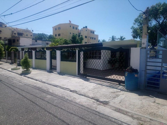 Casa En Miramar Av Independencia Km 7 1/2 138 Mts