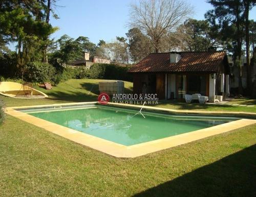 Casa En Punta Del Este, Mansa- Ref: 6603
