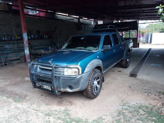Nissan Frontier 3.3l Xe 4x2 At 2003