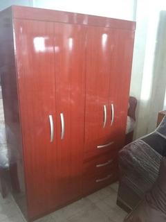 Closet 2 Puertas Y Gavetas Flete Gratis En Caracas