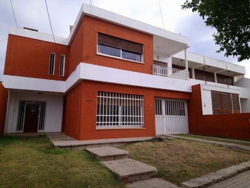 Imagen 1 de 21 de Altos De Villa Cabrera  casa Mas Dpto En Venta  Sup. 349 M2