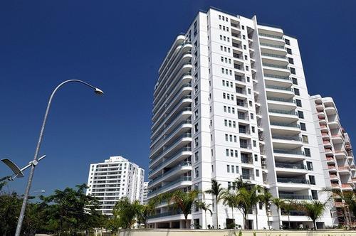 Imagem 1 de 12 de Apartamento À Venda No Bairro Barra Da Tijuca - Rio De Janeiro/rj - O-5542-31189