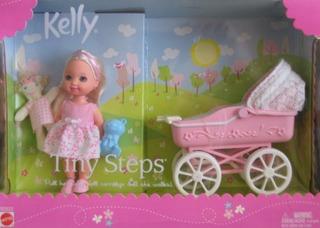 Muñeca Barbie Kelly Pequeños Pasos Y Carruaje W Caminando Ke