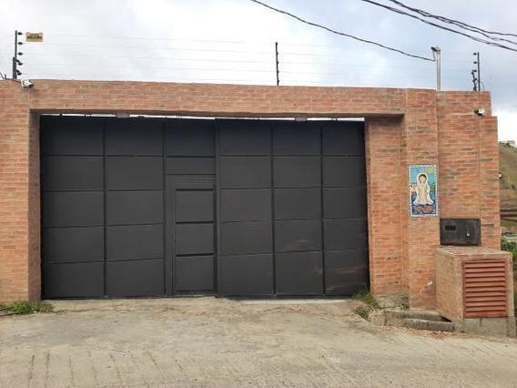 Elys Salamanca Vende Casa En Caicaguana Mls #20-3778