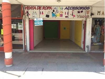 Se Vende Local Comercial En Plaza De Las Américas En Queretaro