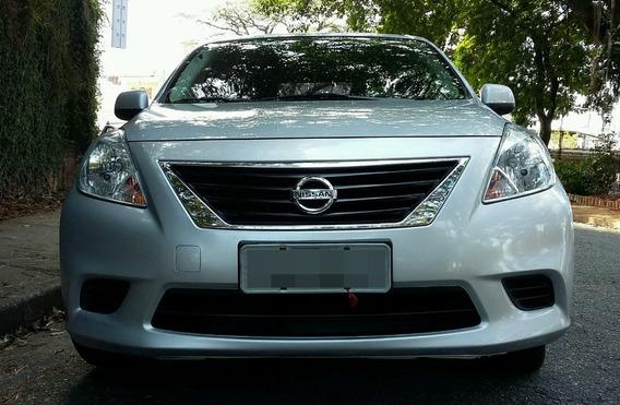 Nissan Versa 1.6 16v Sv Flex 4p Financio