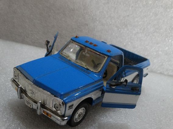 1972 Chevrolet Cheyenne Pickup Welly 1:32 Loose