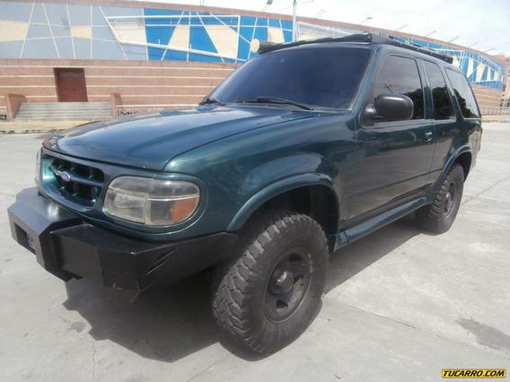 Ford Explorer Sport Xl