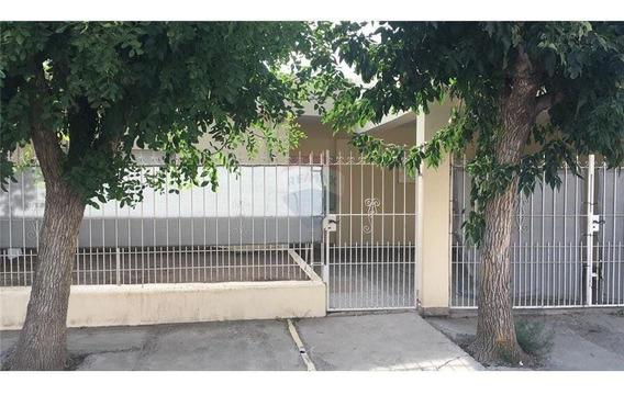 Casa En Alquiler Neuquén Capital 3 Dormitorios