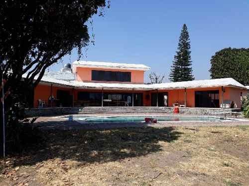 Casa En Fraccionamiento En Provincias Del Canadá / Cuernavaca - Vem-641-tca#