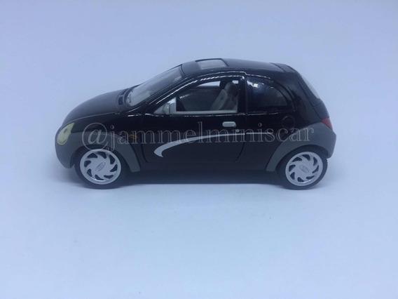 Miniatura Ford Ka 1ª Geração - 1/24 - Sunnyside