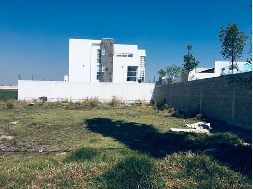 Terreno Habitacional En Venta En Bellavista, Metepec, México