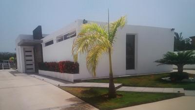 Casa Vacacional Con Piscina Pto. Encantado - Higuerote