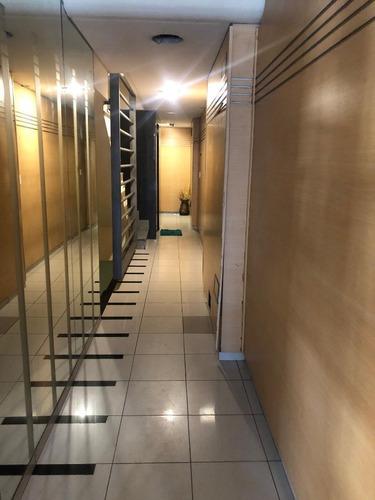 Imagen 1 de 21 de Oficina De 5 Ambientes En Moron Centro