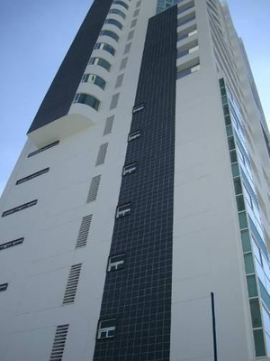 Penthouse En Renta En Torres Arts A Un Costado Del Hospital Angeles, Frente Al Ccu, Angelopolis.