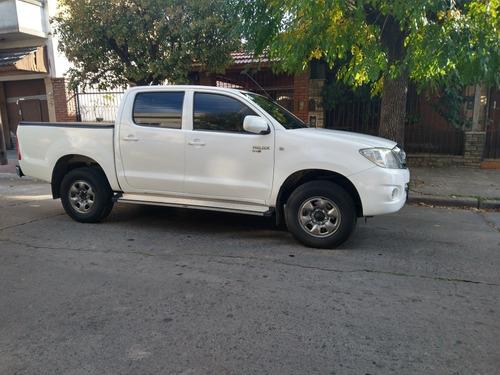 Toyota Hilux 2.5 Cs Dx Pack I 120cv 4x4 2011