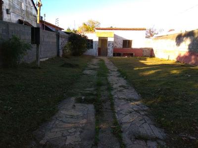 En Villa Española