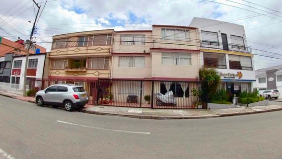 Bella Casa En Venta En Santa Ana Mls 19-903