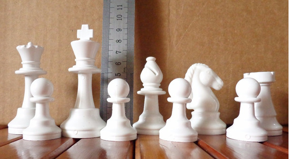 Jog.xadrez+tabuleiro Rei 9 Cm Escolar