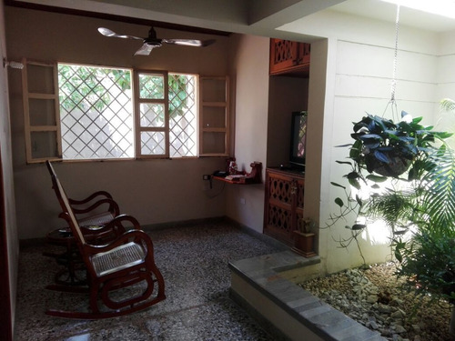 Imagen 1 de 12 de Casa Lote En El Recreo 1000m2