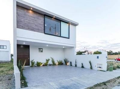 Casa En Venta En Residencial Mayorazgo Frente Area Verde