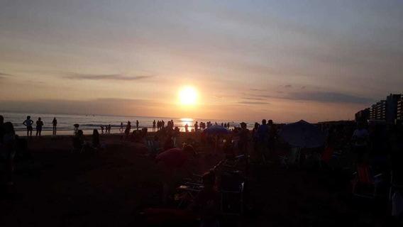 Alq Dpto Monte Hermoso 2 Hab4/5 Pers Mts Del Mar