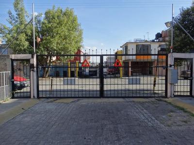 Casa En Venta En Condominio Claustros De San Miguel