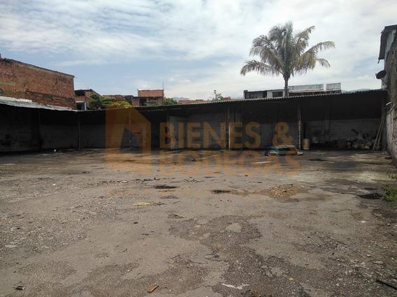 Parqueaderos En Arriendo Barrio Antioquia 643-3149