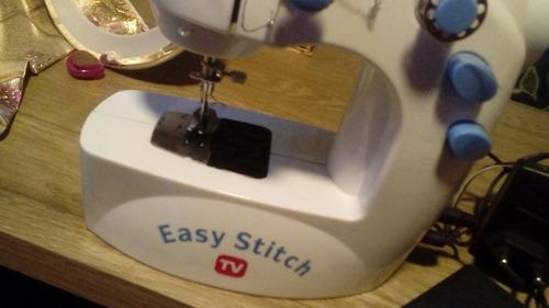 Maquina De Coser Easy Stitch Tv Mini