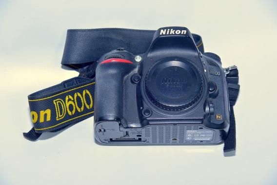 Câmera Nikon D600 Fullframe