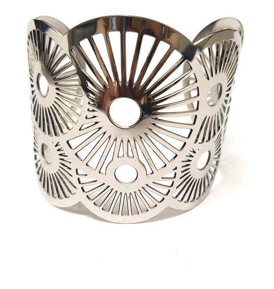 Bracelete Modelo Maxi Em Aço Com Desenhos Vazados