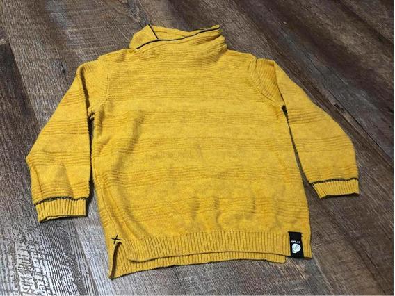 Sweater Marca Zara Niño Talla 4 Años Usado