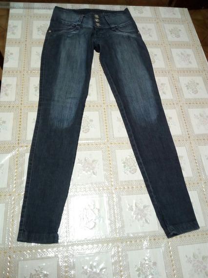 Calça Jeans No Alcance 38 - Usado Em Bom Estado