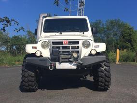 Jepp Troller Diesel Ano 2013 Com Pneus 33