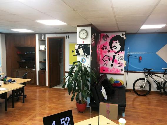 Moderna Oficina Santa Barbara 56m - Unicentro, Transmilenio