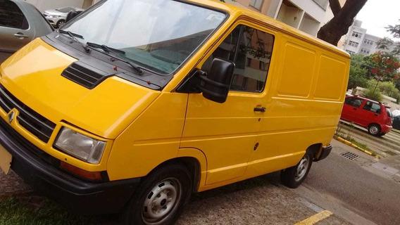 Renault Trafic 2.2 Modelo Curto 134.000km Gasolina E Gnv