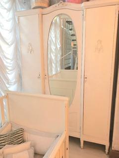 Ropero Francés Patinado Con Espejo Y Tallas Ideal Comercios