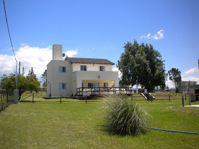 Hermosa Casa Sobre Costa Dique Los Molinos-deportes Nauticos