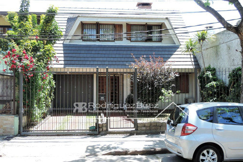 Venta Casa 3 Dormitorios Atahualpa Garage 3 Baños
