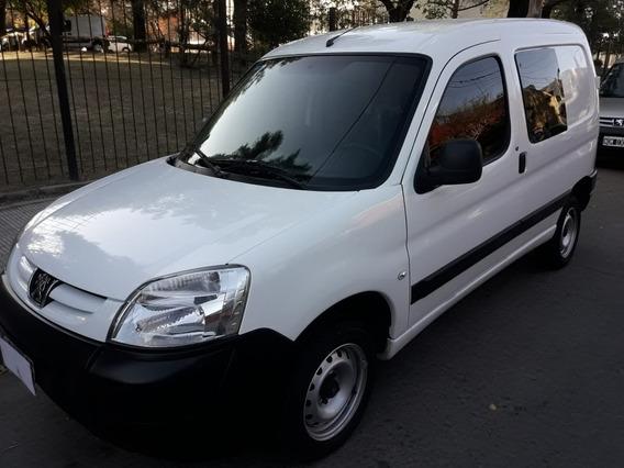 Peugeot Partner 2014 1.4 Nafta Full Familiar 1ra Mano