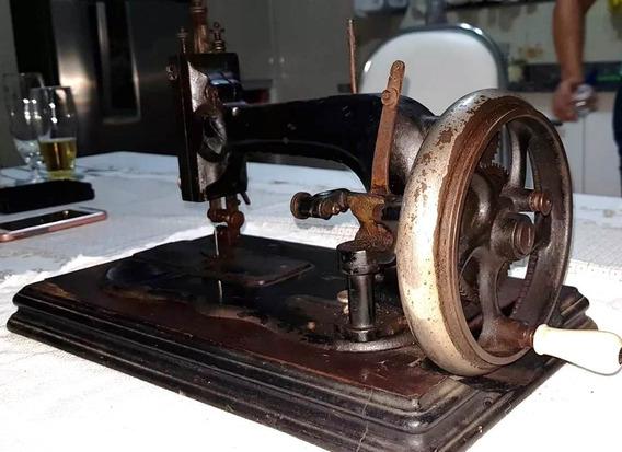 Máquina De Costura Centenária Clemens Müller Dresden