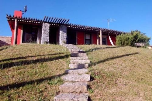 Linda Casa En Manantiales-ref:1493