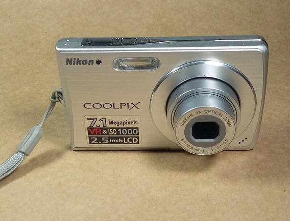 Camera Nikon Coolpix S200 No Estado