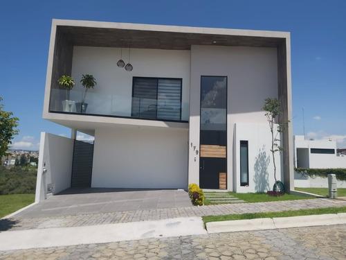 Imagen 1 de 14 de Se Vende Hermosa Casa En Lomas De Angelópolis Amueblada