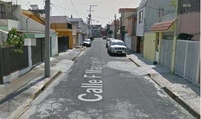 Casa De Remate Bancario Adjudicada En Calle F Coyoacan