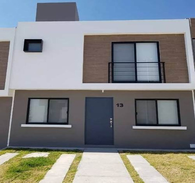 Casa En Renta Riscos De Zakia Queretaro 110 M2 Construccion