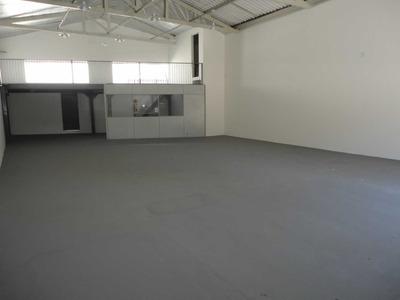 Este Barracão Está Na Av. Ralfo Leite De Barros, 130 Gal0019