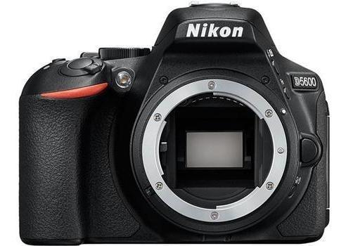 Nikon D5600 Body Cuerpo Solo 1 Año Garantia Cuotas Fijas